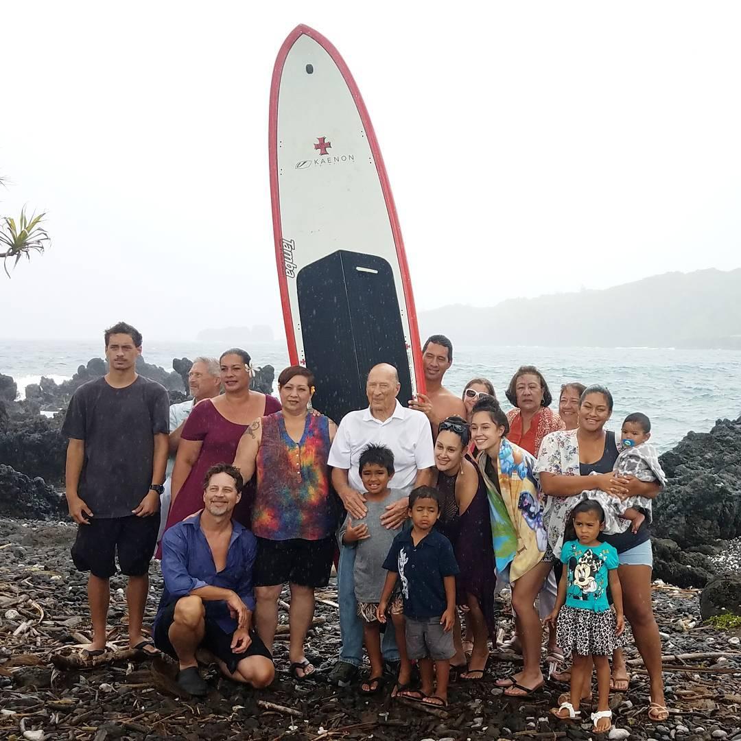 Family portrait  Michaels Maui family celebrating Lanis life athellip